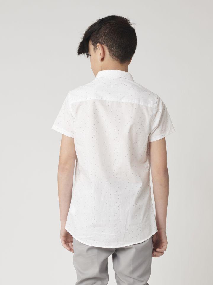 חולצה מכופתרת נקודות