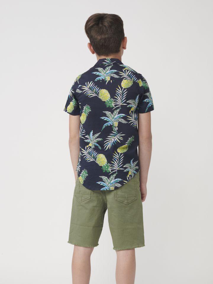 חולצה מכופתרת עם שרוול קצר