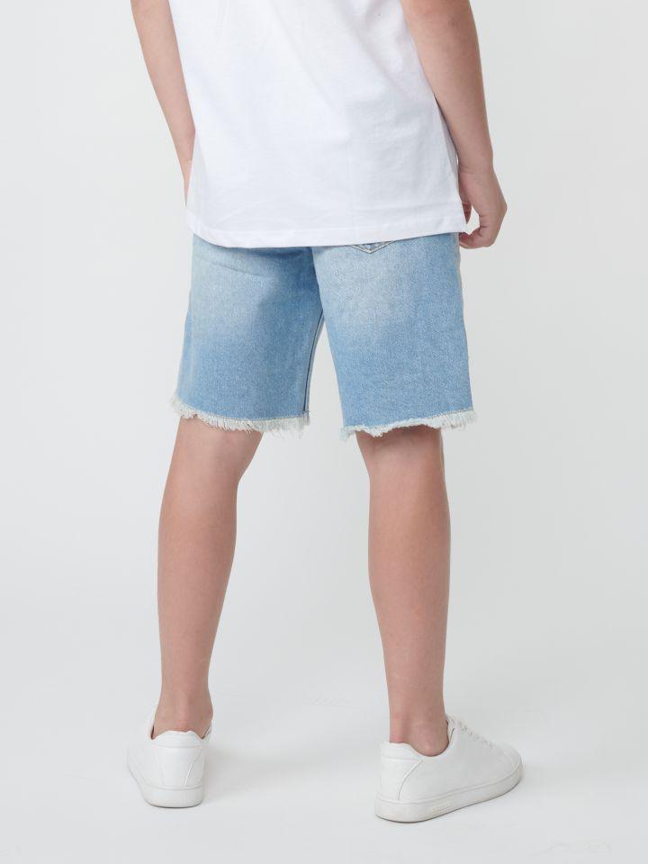 ברמודה ג`ינס בגזרת לוז עם קרעים