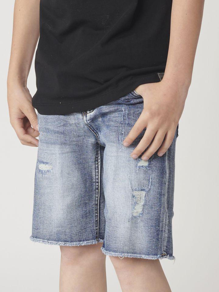 ברמודה ג`ינס עם קרעים