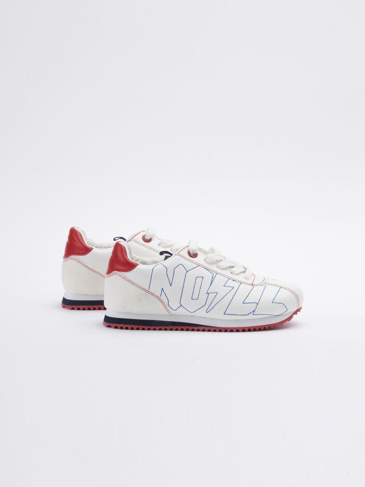 נעלי סניקרס אופנה