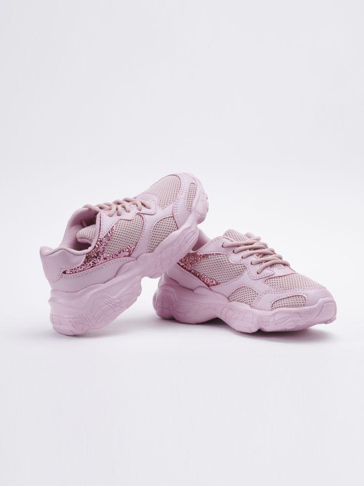 נעלי אופנה בשילוב חומרים